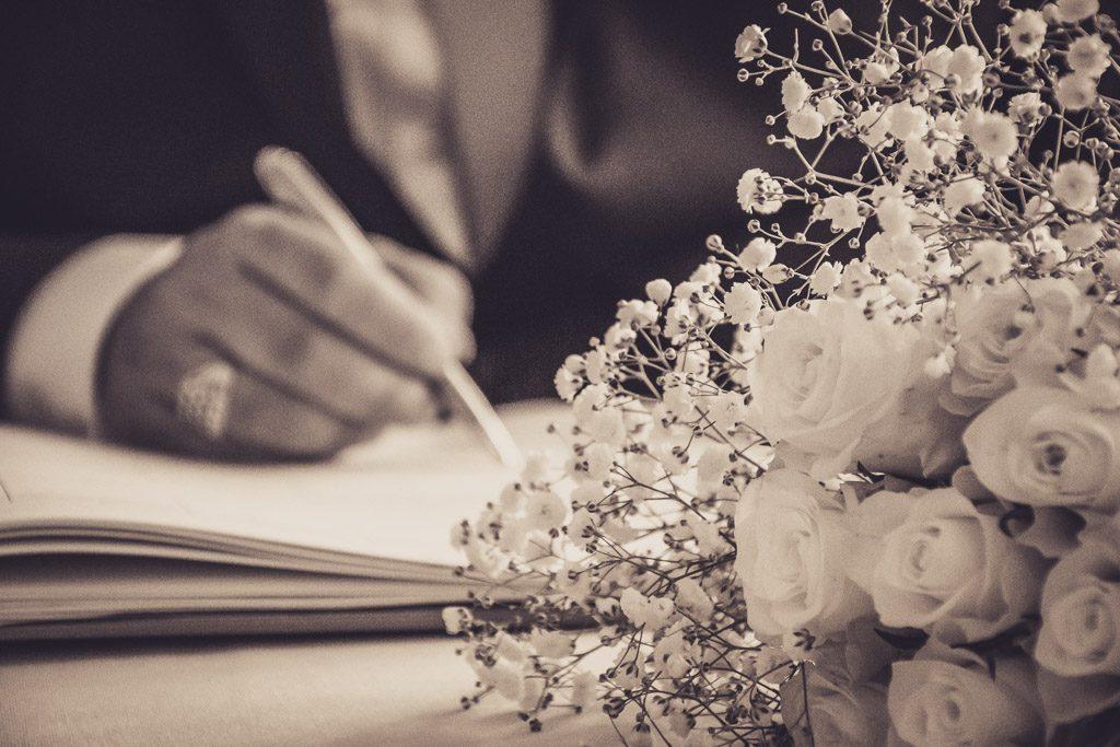 black-and-white-wedding-photo